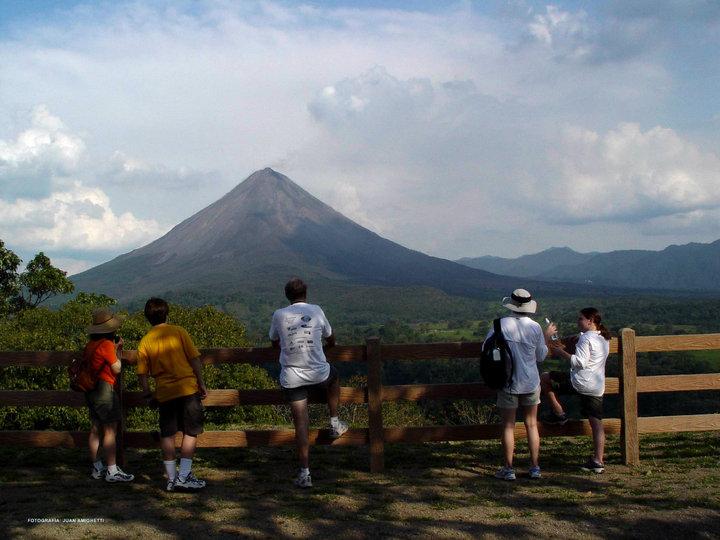 mirador-volcanarenal-costarica