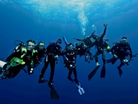 Magical Scuba Diving in the Pacific