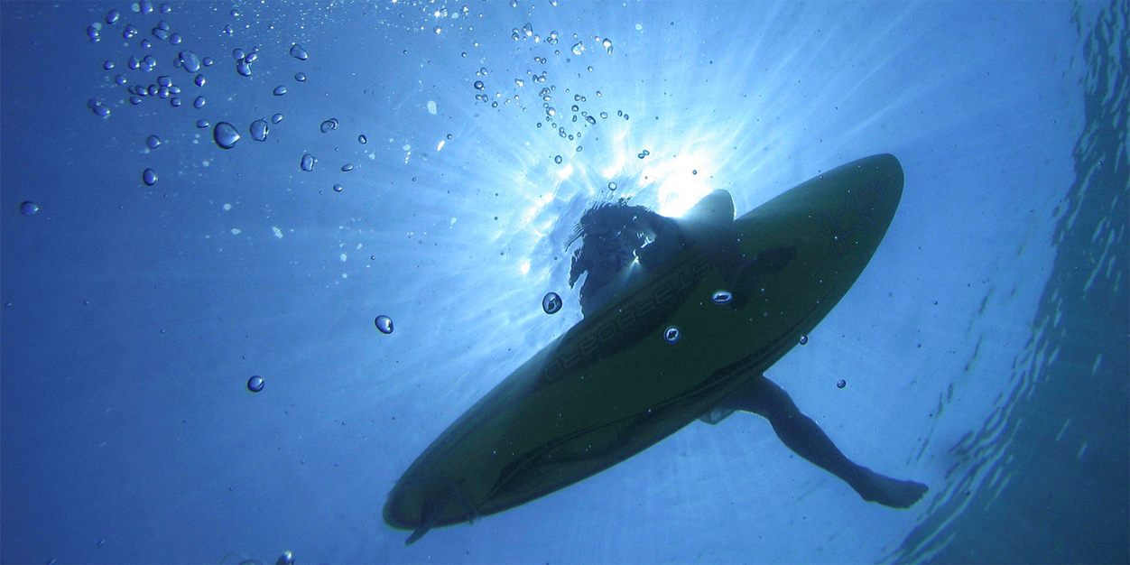 surf-esperando-ola-cost-rica-1