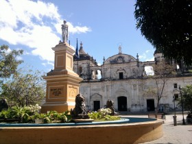 León colonial