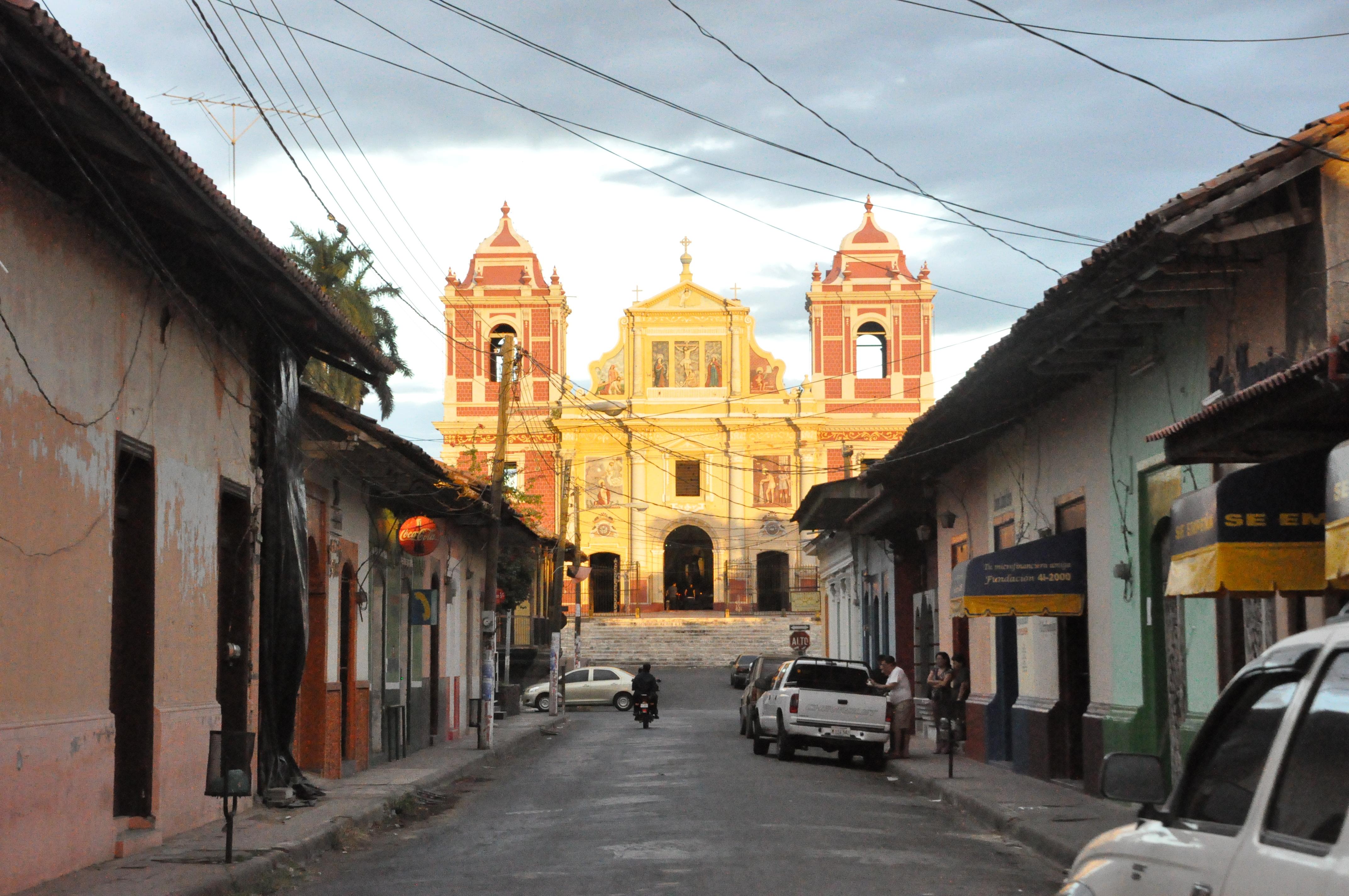 Iglesia-Loen