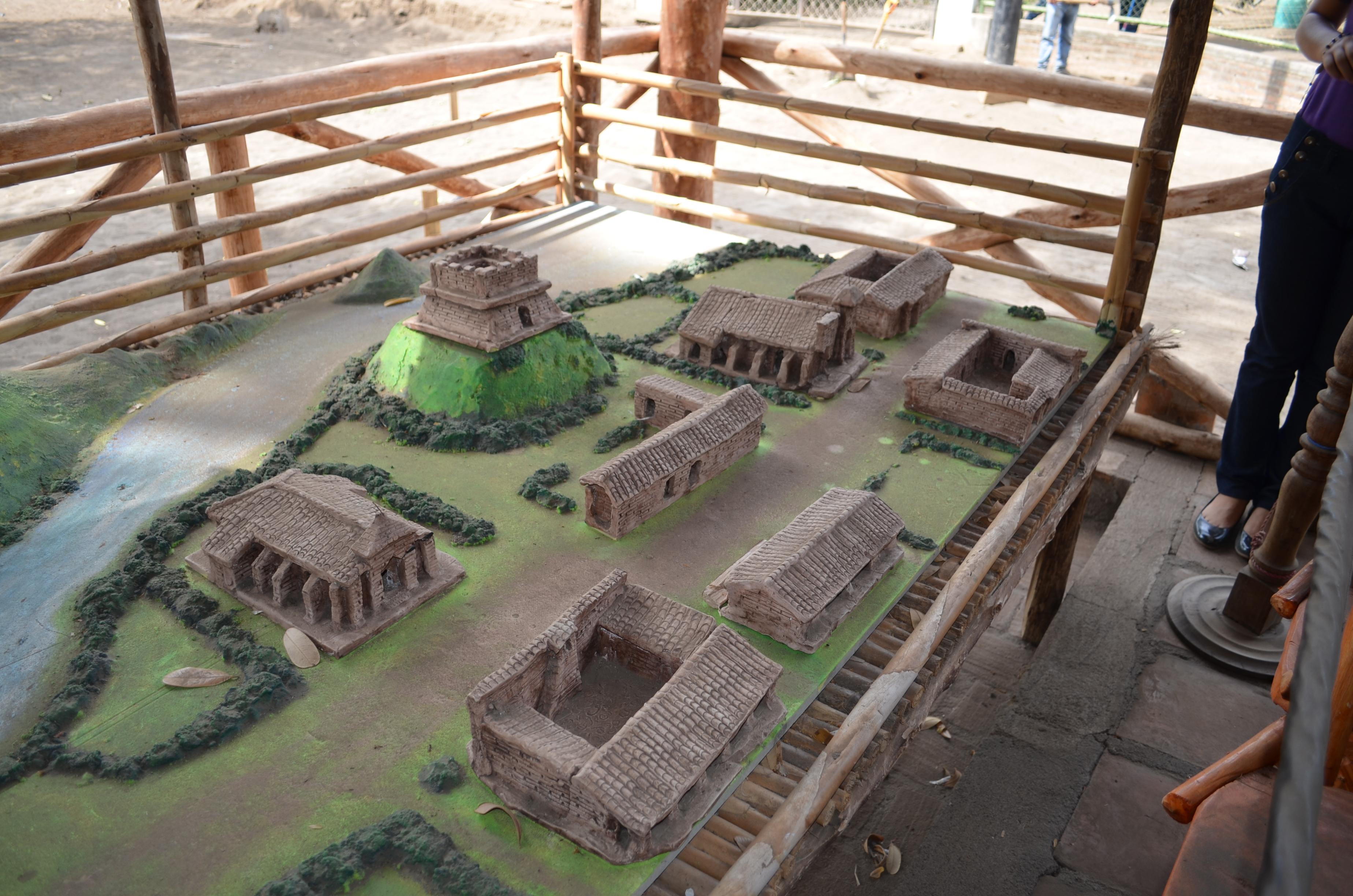Ruinas-Leon-Viejo