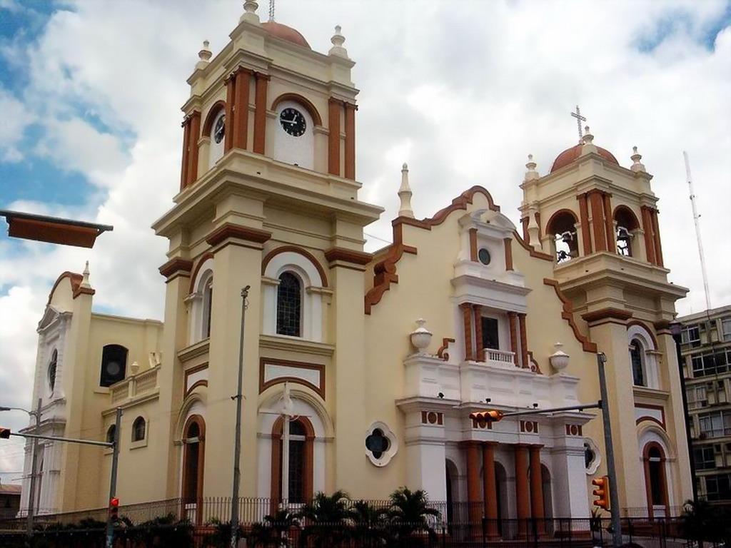 san-pedro-sula-catedral