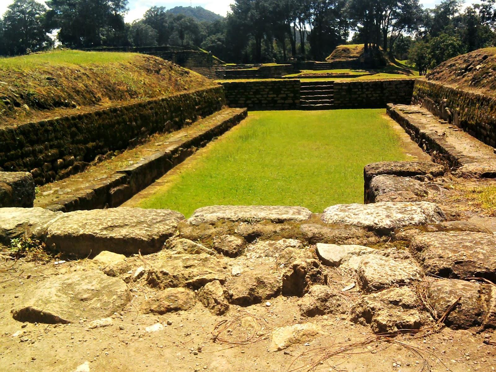sitio-Arqueológico-de-Iximché